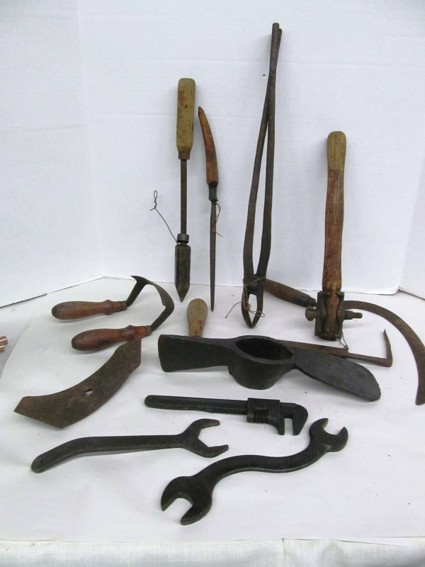 T-9 LOT OF 12 ANTIQUE HAND / OTHER TOOLS