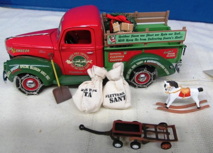 FRANKLIN MINT 2004 CHRISTMAS TRUCK