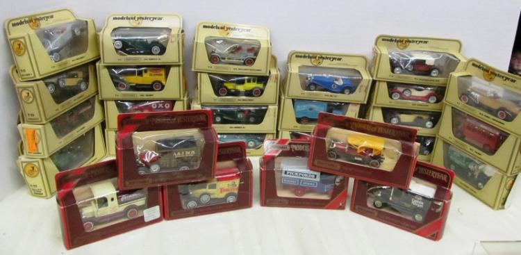 LOT OF 28 MATCHBOX CARS OF YESTERYEAR IN BOXES