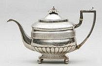 Tekanna Silver. London 1815. Empire. H 18,5. Vikt