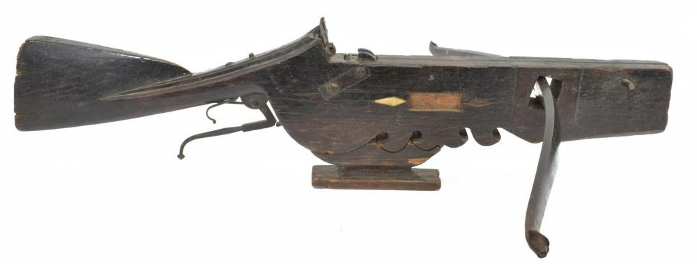 ANTIQUE WOOD & IRON CROSSBOW, 17TH / 18TH C.