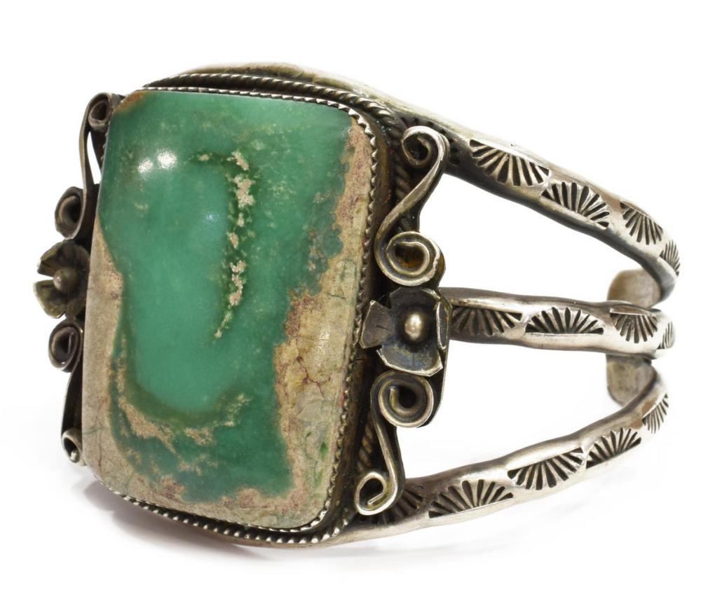 VICTOR HICKS NAVAJO STERLING & TURQUOISE CUFF