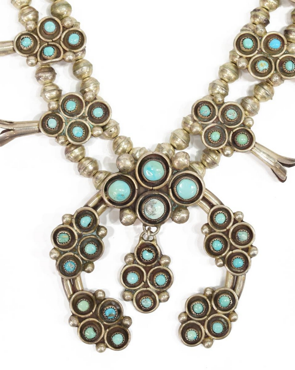 Lot 469: NATIVE AMERICAN TURQUOISE SQUASH BLOSSOM NECKLACE