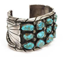Lot 473: NATIVE AMERICAN SILVER & TURQUOISE CUFF BRACELET