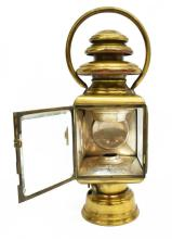 Lot 523: ANTIQUE FRENCH BRASS & NICKEL CARRIAGE LAMP