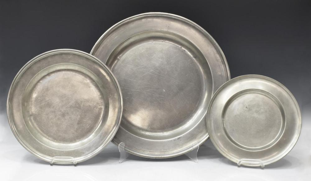 Lot 526: (13) ANTIQUE PEWTER LARGE CHARGERS & PLATES