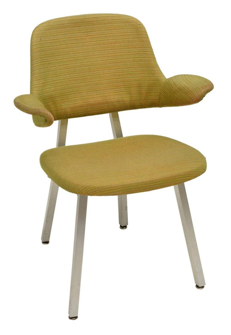 Shaw Walker Model 420 Modern Chair