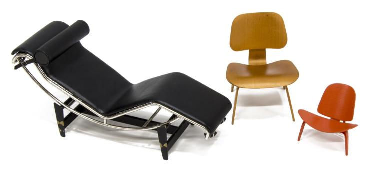 3 Vitra Design Museum Miniature Chairs Lc4
