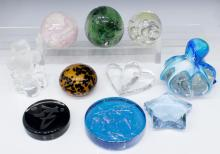 (10) ART GLASS & CRYSTAL PAPERWEIGHTS GROUP