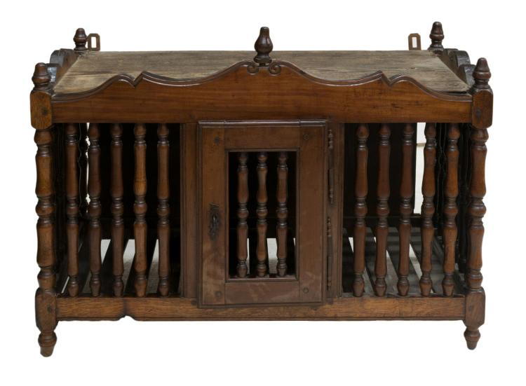 FRENCH PANETIERE, LATE 19TH C.