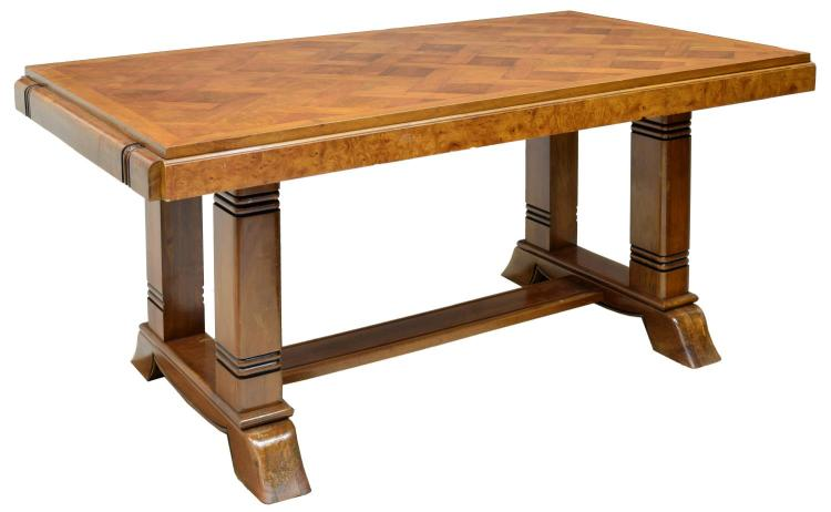 ART DECO WALNUT FINISH PARQUETRY DINING TABLE