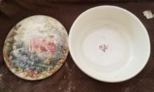 Lot 153: Collectible