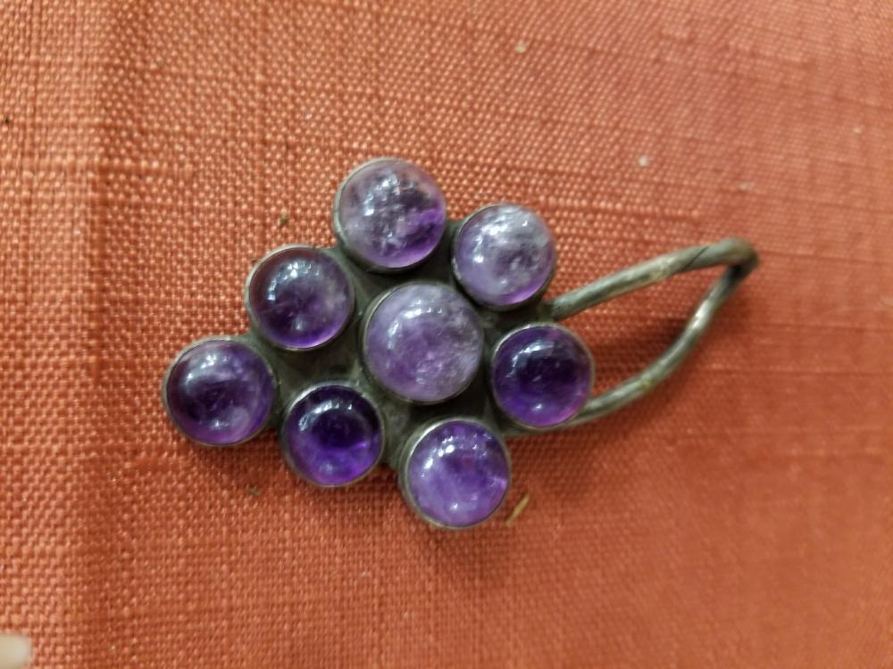 Lot 47: Jewelry