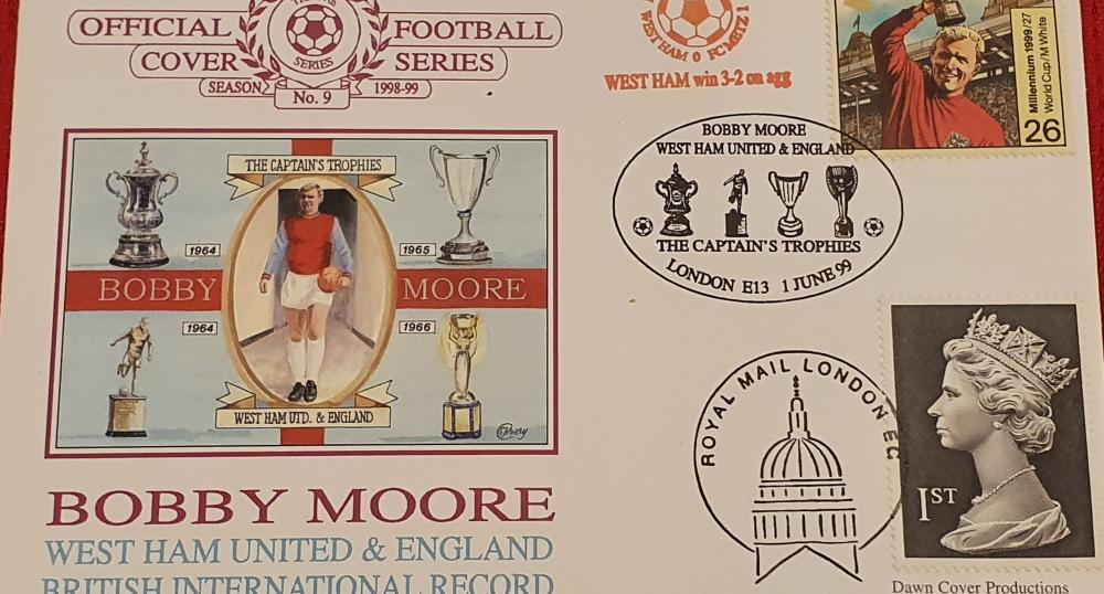 Lot 303 - Bobby Moore FDC - 10TH August 1999 - Unsigned