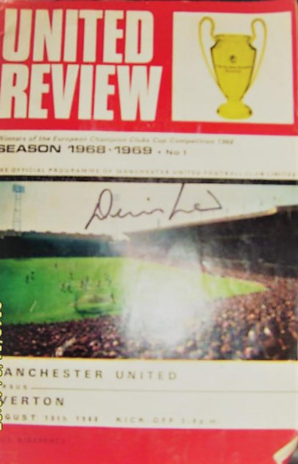 Lot 176: Football Programme Signed by LEGEND Denis Law