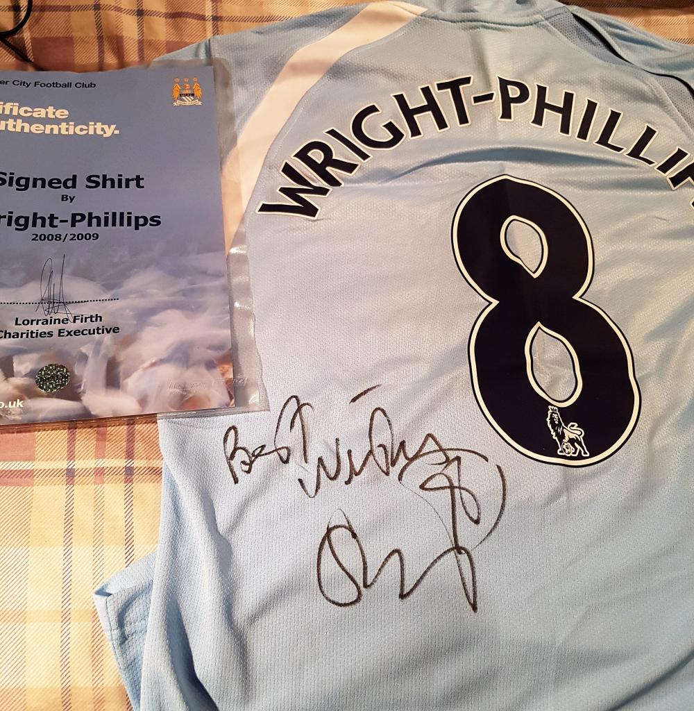 Lot 206: Signed Manchester City Football  Shirt - Sean Wright Phillips