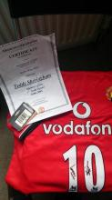Teddy Sheringham Signed Manchester United Football Shirt