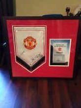 Manchester United Signed Pendant with Club COA