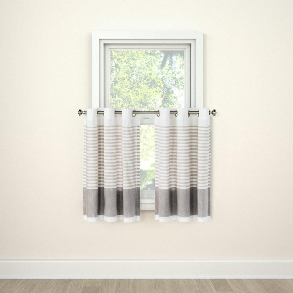 Threshold tier curtains