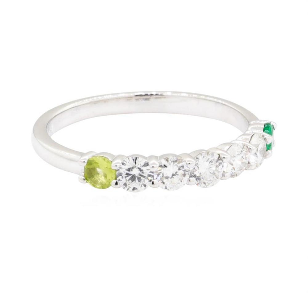 14KT White Gold 0.50 ctw Diamond, Peridot and Emerald Ring