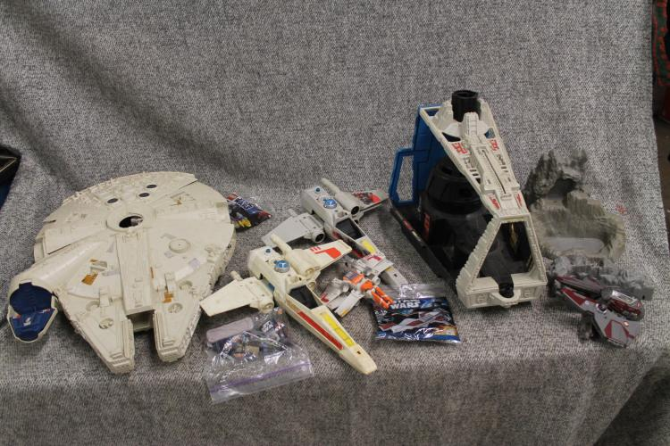 1970's and 80's star wars lot (some are for parts)
