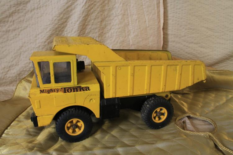 Mighty Tonka dump truck