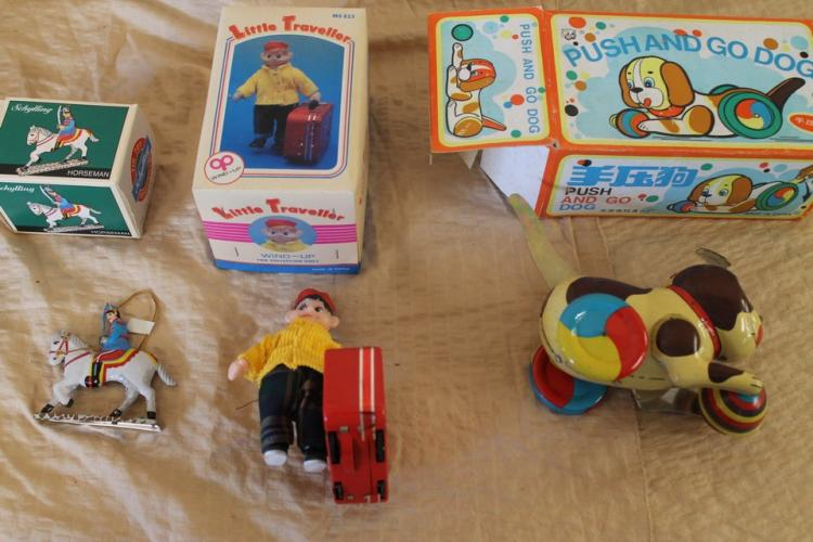 3 piece lot of tin toys
