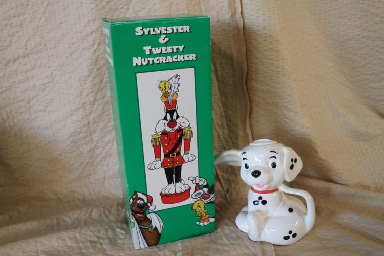Sylvester & Tweety nutcracker and dalmation figurine