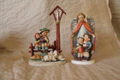 Lot of 2 Hummel Goebel figurines
