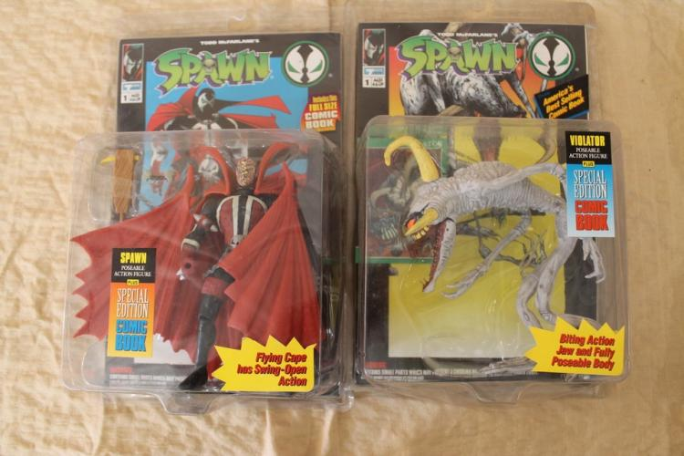 Lot of 2 Spawn action figures