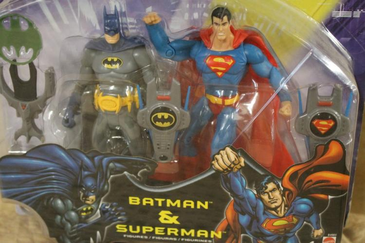Batman and Superman action figure set