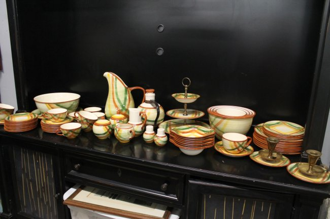 65 piece Vernonware serving set