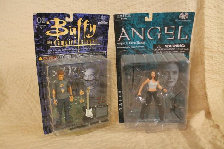 Lot of 2 Buffy/Angel action figures