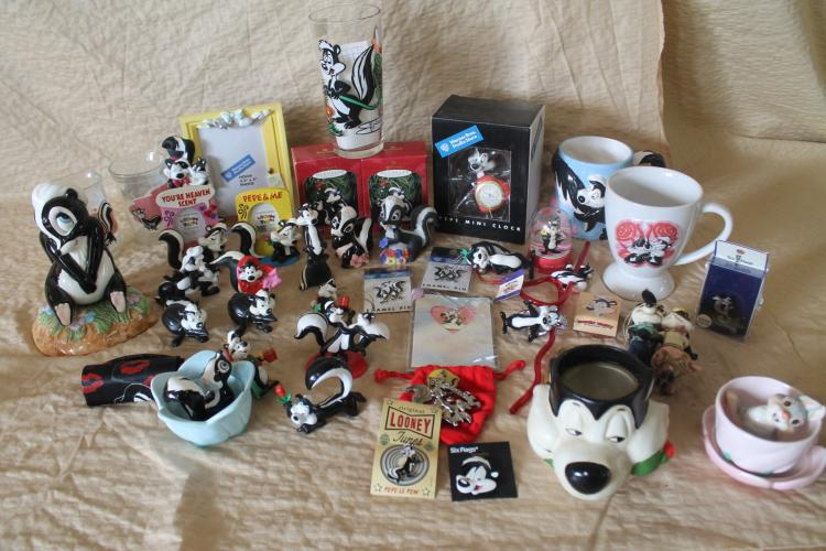 Large Pepe le Pew knick knack lot