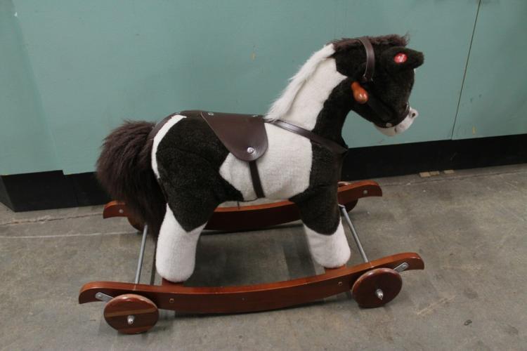 Kid's ride on horse