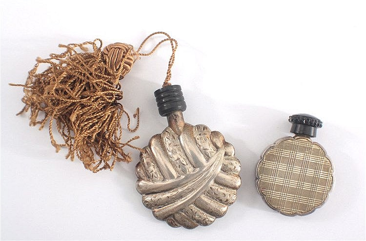 2 silberne Parfum-Flakons um 1900, Bakelit-Schließe