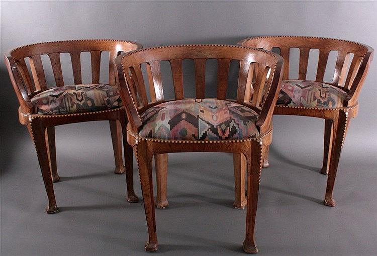 3 Sessel aus der Zeit um 1850