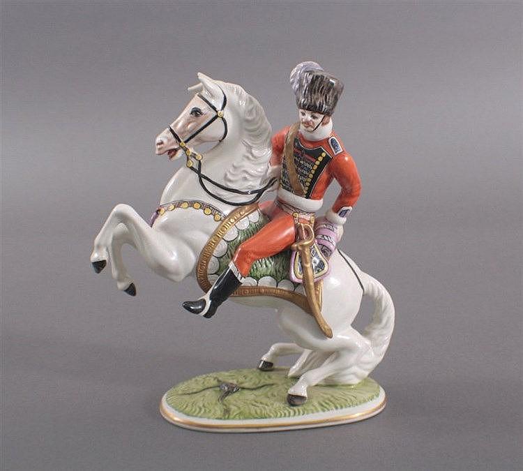 Porzellanfigur, Reiter zu Pferd