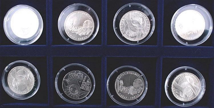 8 x 10 DM-Münze