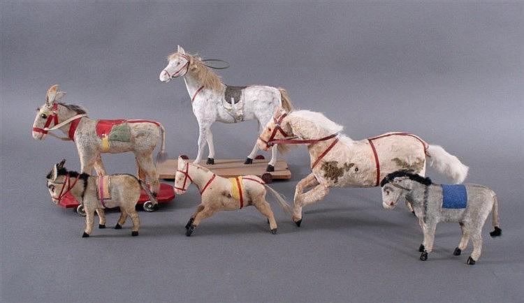 Konvolut Antikes Spielzeug, Pferde, teilweise mechanisch