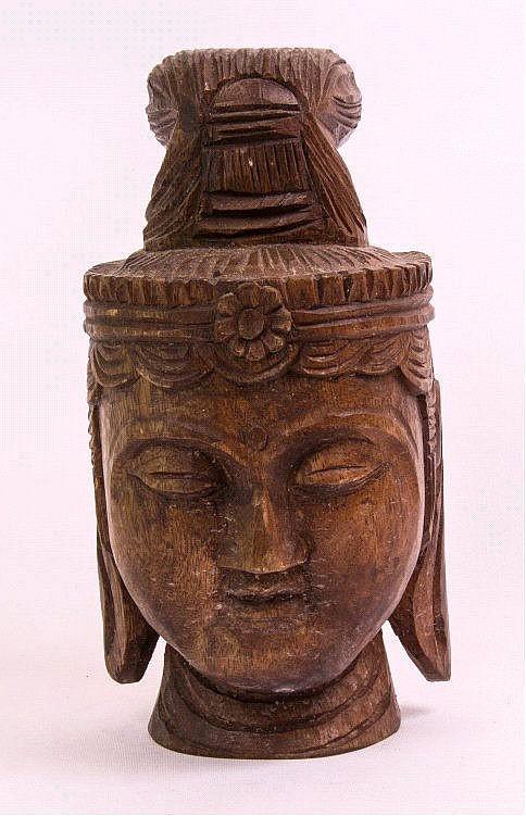 Buddhakopf aus Holz, China oder Tibet, wohl 19.Jh.