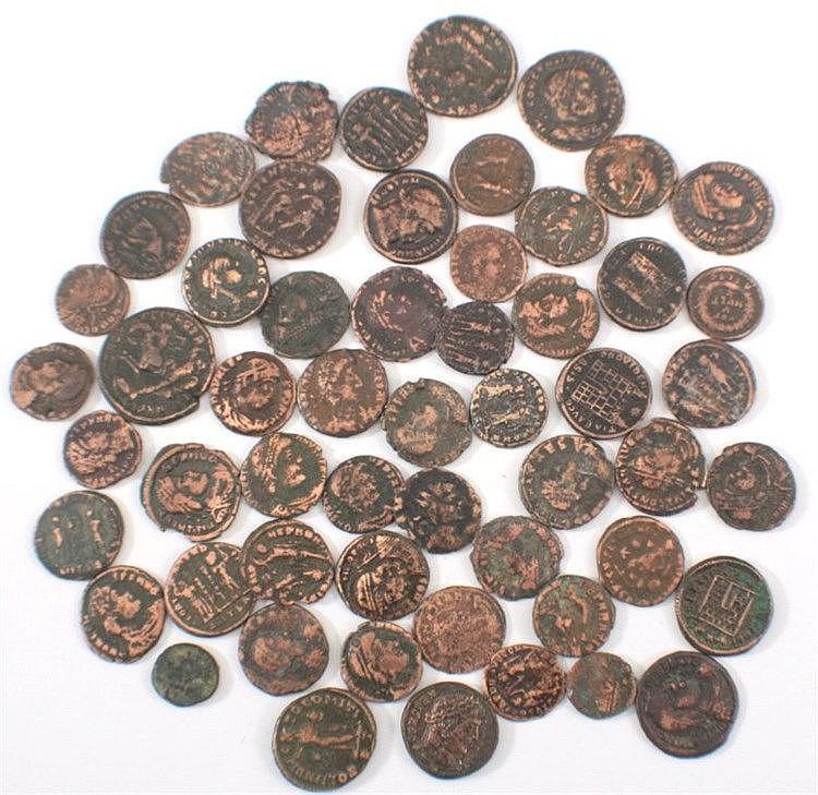 56 antike römische Folles, Follis, ss