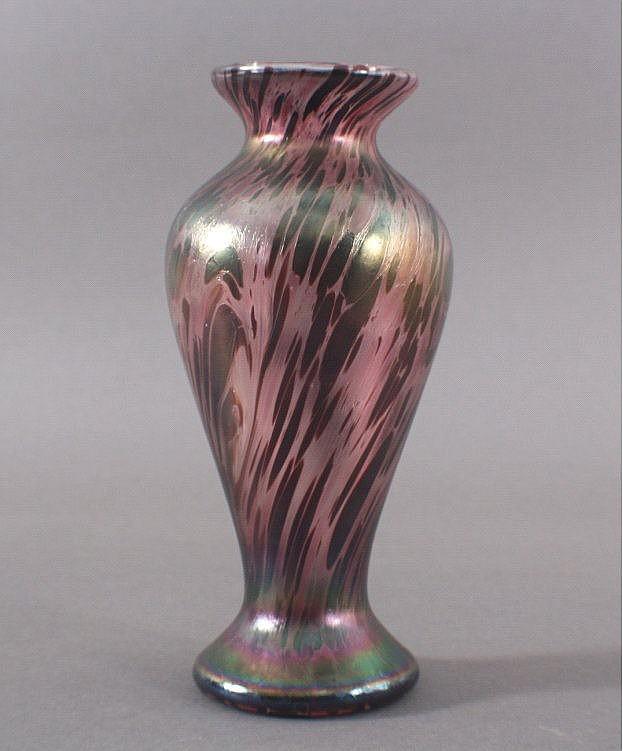 Jugendstil Replik Vase mit Farbeinschließungen
