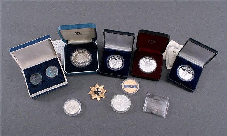 Konvolut Münzen, Medaillen und Orden