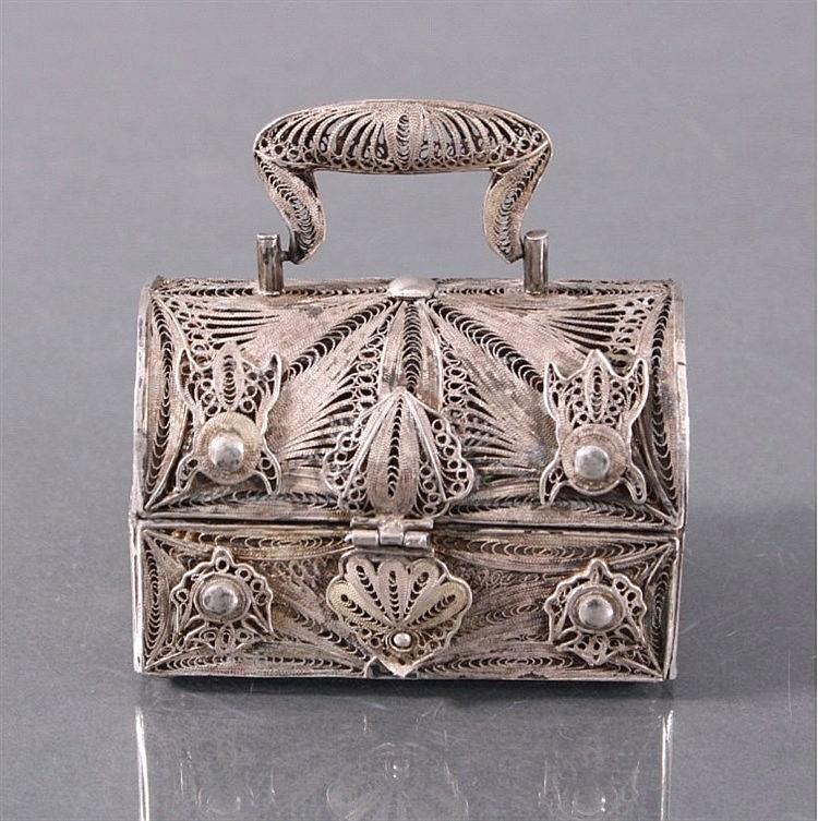 Silberne Schmuckschatulle um 1900