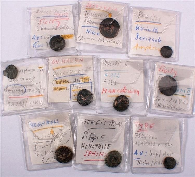 Konvolut antiker griechischer Bronzemünzen