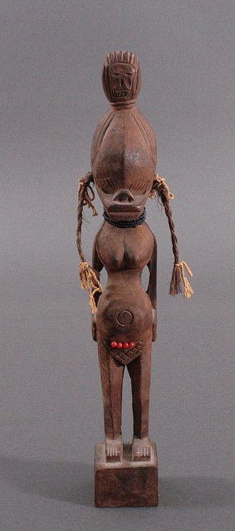 Weibliche Figur Afrika, Zentralafrika 1. Hälfte 20. Jh.