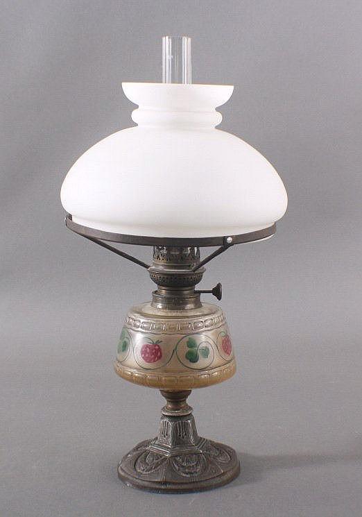 Öllampe, Petroleumlampe, Glas, Metall, 19./20. Jahrhundert
