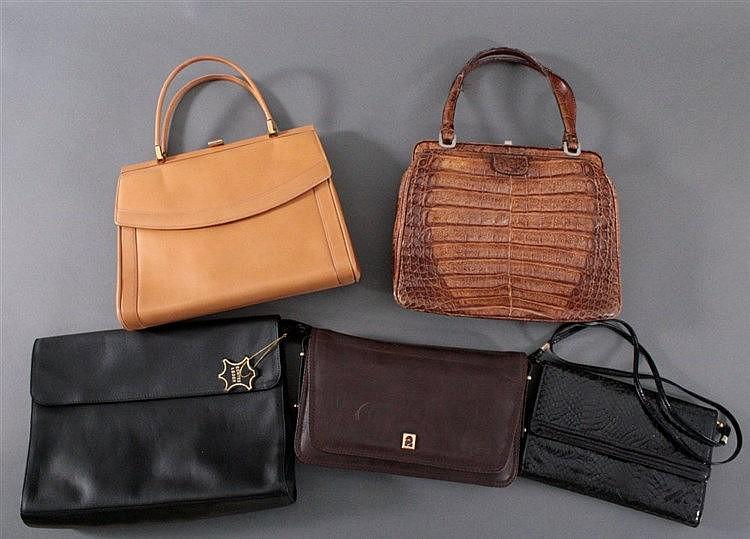 Konvolut von 5 Damenhandtaschen