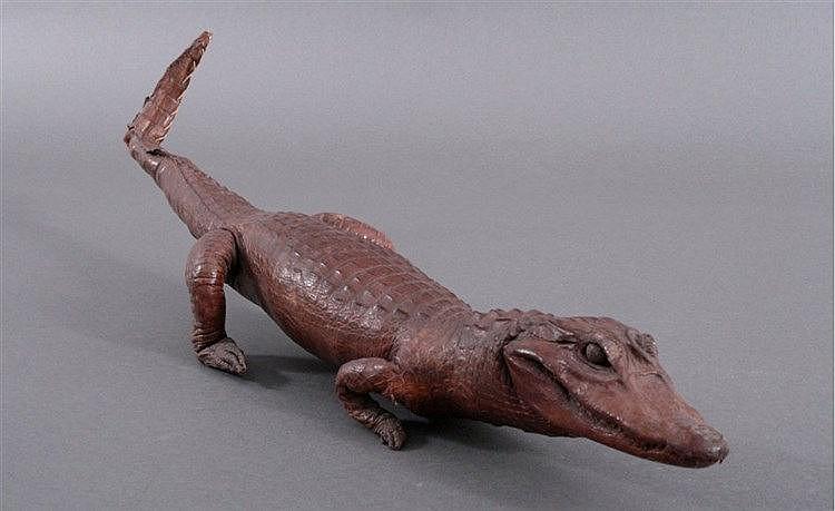 Präpariertes Baby Krokodil, um 1900, sehr schön